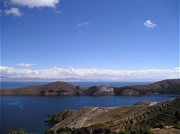 Shore line of Lake Titicaca at the Bolivian part