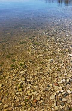 Clear water in Lake Winnipeg