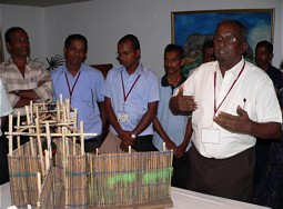 Demonstration of a Ja-Kotu (prawn trap) model