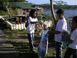 Clean up the Lake Sampaloc in 2007