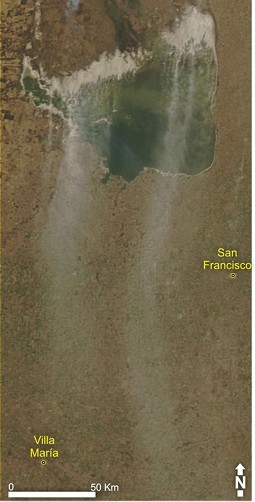 Satellite picture with salt dust clouds over Mar Chiquita as well as the towns San Francisco and Villa María.
